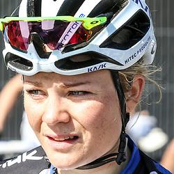 03-04-2016: Wielrennen: Ronde van Vlaanderen vrouwen: Oudenaarde  <br />OUDENAARDE (BEL) cycling  The sixth race in the UCI Womensworldtour is the ronde van Vlaanderen. A race over the famous Flemish climbs.<br />Emilie Moberg