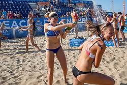 25-08-2019 NED: DELA NK Beach Volleyball, Scheveningen<br /> Last day NK Beachvolleyball / Emma Piersma #1, Katja Stam