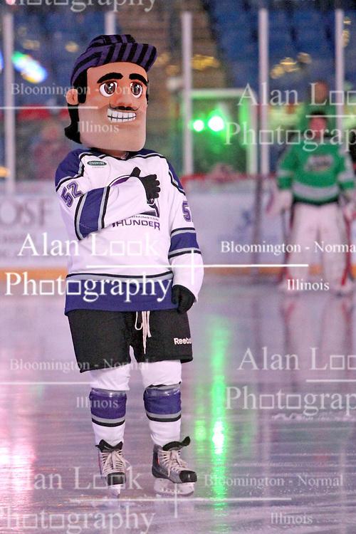 15 November 2013: Scorch.  Louisiana IceGators at Bloomington Thunder Southern Professional Hockey League (SPHL) at the U.S. Cellular Coliseum in Bloomington Illinois
