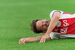 27-10-2019 NED: Ajax - Feyenoord, Amsterdam<br /> Eredivisie Round 11, Ajax win 4-0 / Daley Blind #17 of Ajax