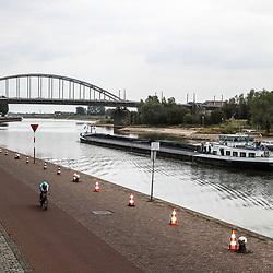 28-08-2018: Wielrennen: Ladies Tour: Arnhem<br />De proloog van de Ladies tour voerde de rensters langs de Rijn
