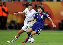 17.07.2011, Commerzbankarena, Frankfurt, GER, FIFA Women Worldcup 2011, Finale,  Japan (JPN) vs. USA (USA),. im Bild:  Nahomi Kawasumi (JPN) gegen Carli Lloyd (USA)  . // during the FIFA Women Worldcup 2011, final, Japan vs USA on 2011/07/11, FIFA Frauen-WM-Stadion Frankfurt, Frankfurt, Germany.   EXPA Pictures © 2011, PhotoCredit: EXPA/ nph/  Karina Hessland       ****** out of GER / CRO  / BEL ******