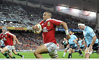 15 June 2013; Simon Zebo, British & Irish Lions, runs in for a try which was subsequently disallowed. British & Irish Lions Tour 2013, NSW Waratahs v British & Irish Lions, Allianz Stadium, Sydney, NSW, Australia. Picture credit: Stephen McCarthy / SPORTSFILE