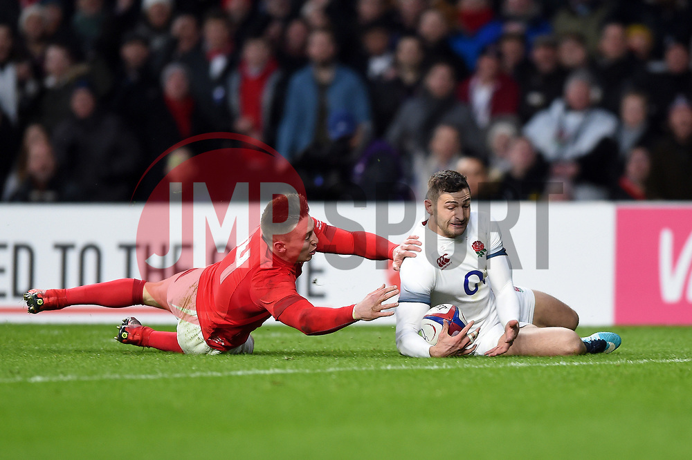 Jonny May of England scores the opening try of the match - Mandatory byline: Patrick Khachfe/JMP - 07966 386802 - 10/02/2018 - RUGBY UNION - Twickenham Stadium - London, England - England v Wales - Natwest Six Nations