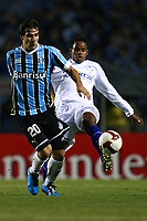 20090702: BELO HORIZONTE, BRAZIL - Gremio vs Cruzeiro: Copa Libertadores 2009 - Semi Finals - 2nd Leg. In picture: Herrera (Gremio) and Marquinhos Parana (Cruzeiro). PHOTO: CITYFILES
