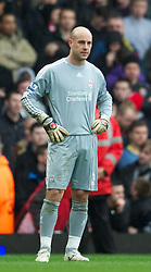 LONDON, ENGLAND - Sunday, February 27, 2011: Liverpool's goalkeeper Jose Reina looks dejected as West Ham United score the second goal during the Premiership match at Upton Park. (Photo by David Rawcliffe/Propaganda)