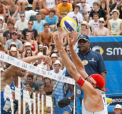 06.08.2011, Klagenfurt, Strandbad, AUT, Beachvolleyball World Tour Grand Slam 2011, im Bild Matt Fuerbringer USA, Sacha Heyer SUI, AUT , EXPA Pictures © 2011, PhotoCredit EXPA Gert Steinthaler
