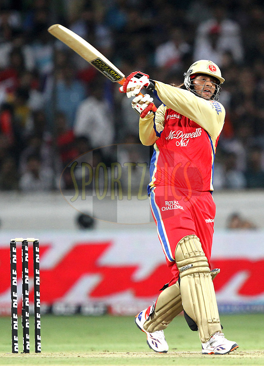 Saurabh Tiwary hits a ball during match 11 of the Indian Premier League ( IPL ) between the Deccan Chargers and the Royal Challengers Bangalore held at the Rajiv Gandhi International Cricket Stadium in Hyderabad on the 14th April 2011..Photo by Prashant Bhoot/BCCI/SPORTZPICS.