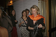 Alison Jackson and Baroness Claire von Alvensleben. launch of The Bar at the Dorchester. Park Lane. London. 27 June 2006. ONE TIME USE ONLY - DO NOT ARCHIVE  © Copyright Photograph by Dafydd Jones 66 Stockwell Park Rd. London SW9 0DA Tel 020 7733 0108 www.dafjones.com
