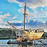 The Astrid on a barge in Kinsale.<br /> Pic. John Allen
