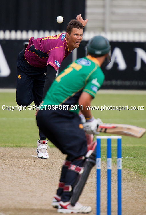 Knights' Joey Yovich bowls during the Ford Trophy Cricket - Northern Knights v Central Stags one day match, at Seddon Park, Hamilton, New Zealand, 11 December 2011. Photo: Stephen Barker/photosport.co.nz