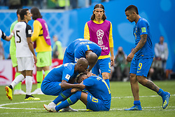 June 22, 2018 - Sankt Petersburg, Russia - 180622 Neymar of Brazil celebrates with his teammates after the FIFA World Cup group stage match between Brazil and Costa Rica on June 22, 2018 in Sankt Petersburg..Photo: Petter Arvidson / BILDBYRÃ…N / kod PA / 92075 (Credit Image: © Petter Arvidson/Bildbyran via ZUMA Press)