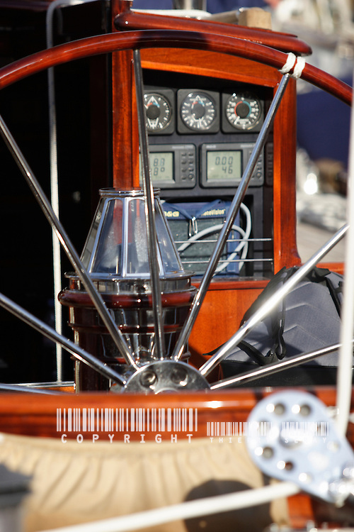 PROGRAMME VDST 2007 WINCH, PULLEY, DECK, TECK : THE ART OF CLASSIC YACHTS- VOILIERS CLASSIQUE : DETAILS