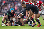 Twickenham, United Kingdom, Saturday, 17th  November 2018, RFU, Rugby, Stadium, England,  left, ble cap, Jack NOWELL watches,Alex LOZOWSKI pick up the loose ball, during the Quilter Autumn International, England vs Japan, © Peter Spurrier