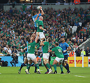 Italy's second row Josh Furno beating Ireland second row and captain Paul O'Connel in a lineout during the Rugby World Cup Pool D match between Ireland and Italy at the Queen Elizabeth II Olympic Park, London, United Kingdom on 4 October 2015. Photo by Matthew Redman.