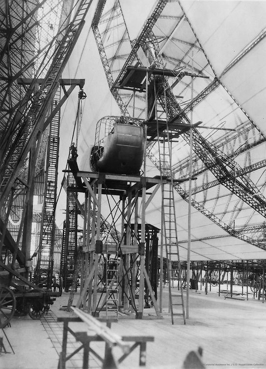 Construction of the 'Graf Zeppelin', Zeppelin Werke, Friedrichshafen, 1928