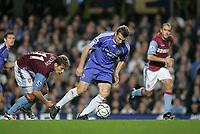 Photo: Marc Atkins.<br /> Chelsea v Aston Villa. Carling Cup. 08/11/2006.<br /> Andriy Shevchenko of Chelsea & Stilian Petrov of Villa in action.