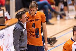 14-04-2019 NED: Achterhoek Orion - Draisma Dynamo, Doetinchem<br /> Orion win the fourth set and play the final round against Lycurgus. Dynamo won 2-3 / Joris Marcelis #4 of Orion, Coach Martijn van Goeverden of Orion