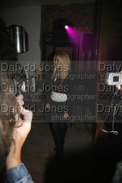 Sienna MIller, Pepe Jeans, Sienna Miller  new ambassador party. 17 Berkeley Street, London, W1.  4 October 2006. -DO NOT ARCHIVE-© Copyright Photograph by Dafydd Jones 66 Stockwell Park Rd. London SW9 0DA Tel 020 7733 0108 www.dafjones.com