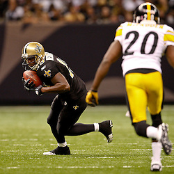 Oct 31, 2010; New Orleans, LA, USA; New Orleans Saints wide receiver Devery Henderson (19) runs as Pittsburgh Steelers cornerback Bryant McFadden (20) pursues the play during the second half at the Louisiana Superdome. The Saints defeated the Steelers 20-10.  Mandatory Credit: Derick E. Hingle