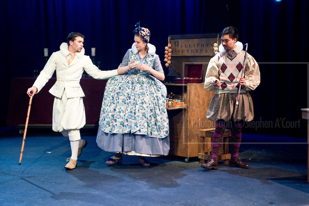Production photograph from the play The Roaring Girl, at Te Whaea, Wellington, August 2011. Written by Thomas Dekker, Thomas Middleton & D. Parker. Directed by Rachel Henry. http://www.toiwhakaari.ac.nz/