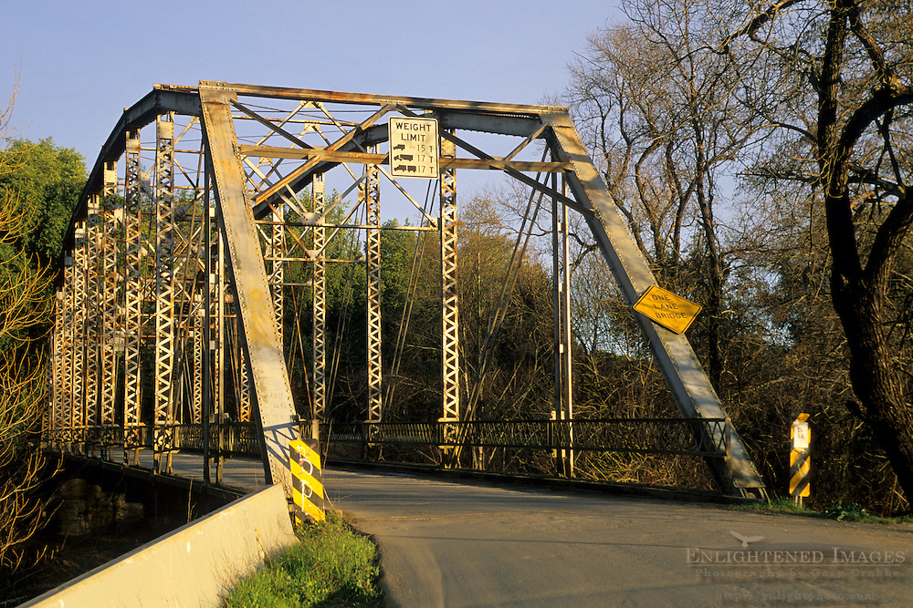 One Lane steel bridge across Dry Creek, Sonoma County, California