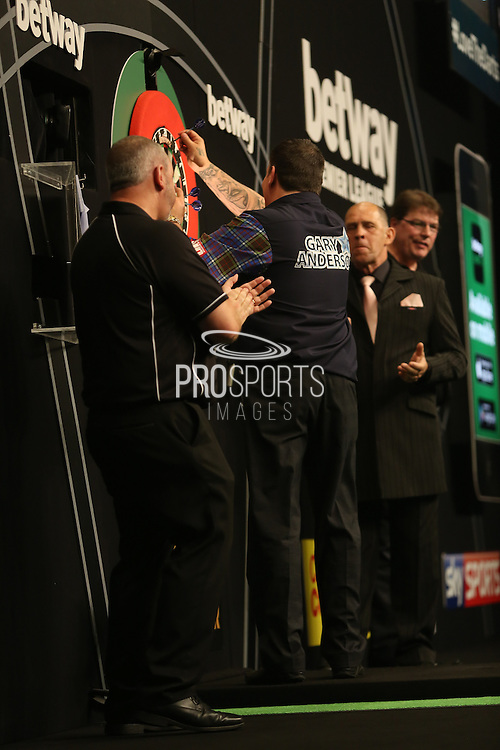 Gary Anderson Wins the Final, at Betway Premier League Darts Play Off Final at the O2 Arena, London, United Kingdom on 21 May 2015. Photo by Ricky Swift.
