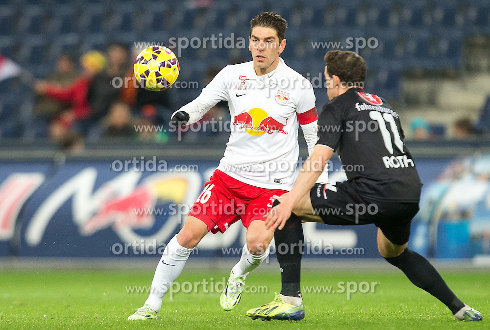 07.03.2015, Red Bull Arena, Salzburg, AUT, 1. FBL, FC Red Bull Salzburg vs SCR Cashpoint Altach, 24. Runde, im Bild v.l.: Jonatan Soriano (FC Red Bull Salzburg, #26), Felix Roth, (SCR Altach, #11) // during Austrian Football Bundesliga 24th round Match between FC Red Bull Salzburg and SCR Cashpoint Altach at the Red Bull Arena, Salzburg, Austria on 2015/03/07. EXPA Pictures © 2015, PhotoCredit: EXPA/ JFK