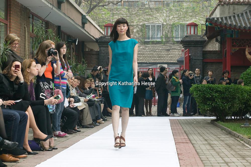 BEIJING, APRIL 21 : Kathrin von Rechenberg Show in der Residenz des Luxemburgischen Botschafters in Beijing.