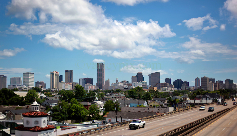 29 May 2014. New Orleans, Louisiana.<br /> The City of New Orleans overlooking I-10<br /> looking West.<br /> Charlie Varley/varleypix.com