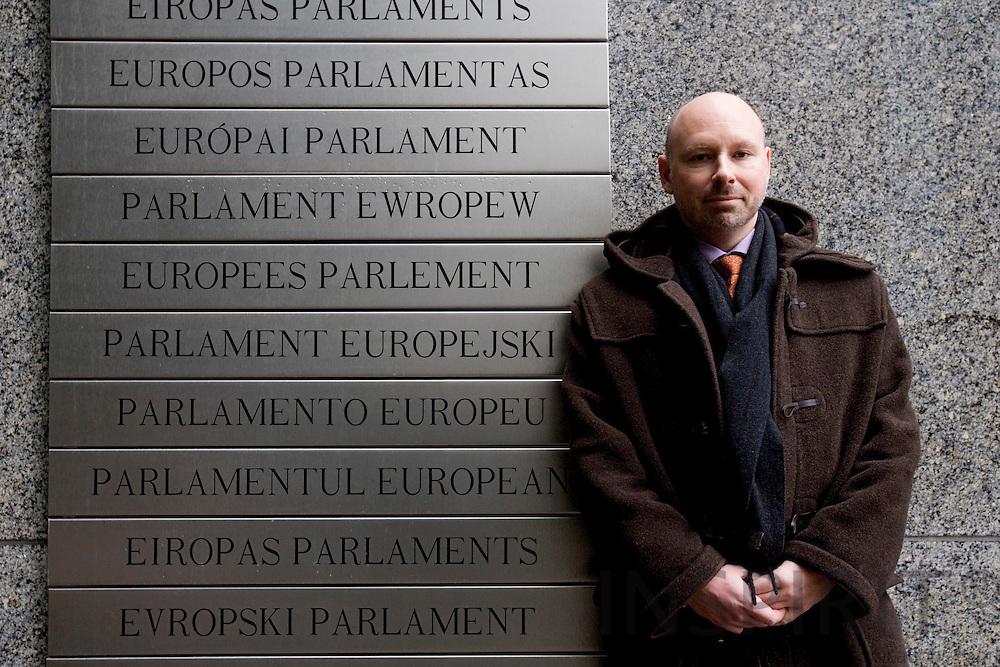 BRUSSELS - BELGIUM - 30 JANUARY 2008 -- Søren HYLDSTRUP LARSEN, Director EU Affairs, Danish Transport and Logistic Association (DTL) posing for a photo outside the European Parliament.       Photo: Erik Luntang/