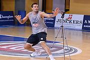 DESCRIZIONE : Folgaria Allenamento Raduno Collegiale  Nazionale Italia Maschile <br /> GIOCATORE : Andrea Cinciarini<br /> CATEGORIA : allenamento <br /> SQUADRA : Nazionale Italiana Uomini <br /> EVENTO :  Allenamento Raduno Folgaria<br /> GARA : Allenamento<br /> DATA : 25/07/2015 <br /> SPORT : Pallacanestro<br /> AUTORE : Agenzia Ciamillo-Castoria/R.Morgano<br /> Galleria : FIP Nazionali 2015<br /> Fotonotizia : Folgaria Allenamento Raduno Collegiale Nazionale Italia Maschile Predefinita :