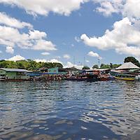 Puerto de Samariapo, estado Amazonas, Venezuela. ©Jimmy Villalta