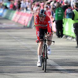 06-05-2016: Wielrennen: Giro: Apeldoorn   <br />APELDOORN (NED) wielrennen      <br />De 99e ronde van Italie is van start gegaan met een tijdrit of 9,8 kilometer door de straten van Apeldoorn. De finishlijn was getrokken op de Loolaan. Pim Ligthart