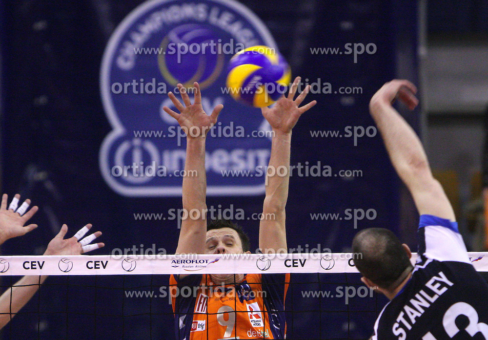 Clayton Stanley vs Matija Plesko at 8th final volleyball match of CEV Indesit Champions League Men 2008/2009 between ACH Volley Bled (SLO) and Zenit Kazan (RUS), on February 12, 2009 in Hall Tivoli, Ljubljana, Slovenia. (Photo by Vid Ponikvar / Sportida)