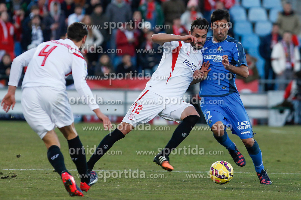 08.02.2015, Coliseum Alfonso Perez, Madrid, ESP, Primera Division, FC Getafe vs FC Sevilla, 22. Runde, im Bild Getafe&acute;s J. Rodriguez (R) and Sevilla&acute;s Iborra // uring the Spanish Primera Division 22nd round match between Getafe FC and Sevilla FC at the Coliseum Alfonso Perez in Madrid, Spain on 2015/02/08. EXPA Pictures &copy; 2015, PhotoCredit: EXPA/ Alterphotos/ Victor Blanco<br /> <br /> *****ATTENTION - OUT of ESP, SUI*****