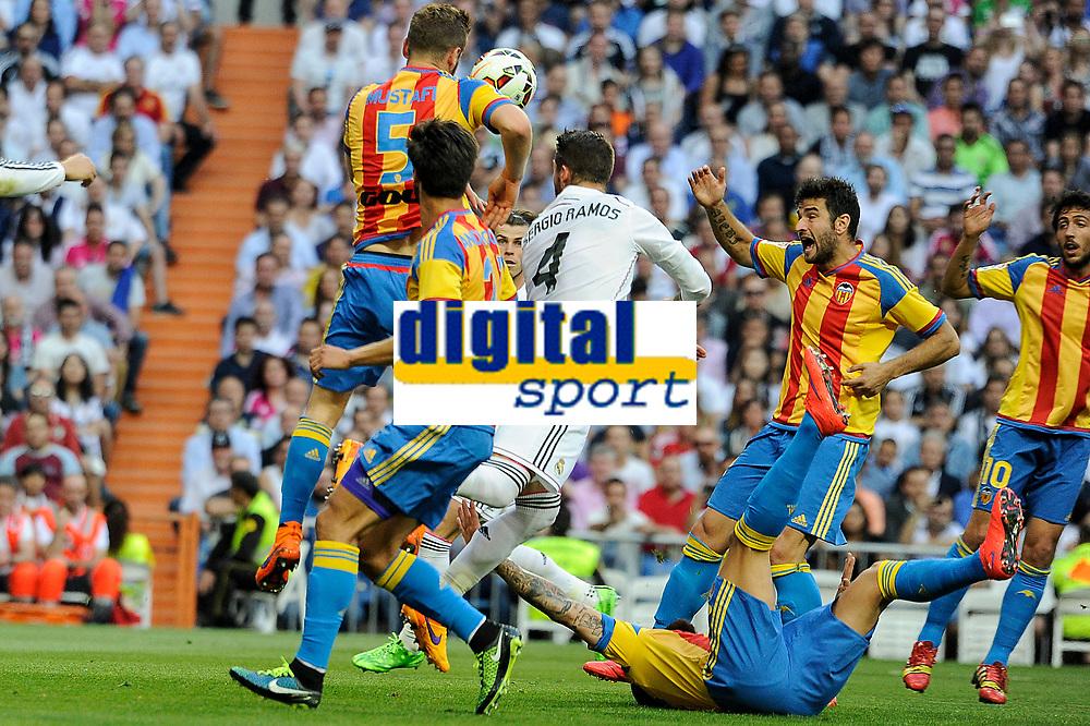 Real Madrid´s Sergio Ramos and Valencia´s Shkodran Mustafi during 2014-15 La Liga match between Real Madrid and Valencia at Santiago Bernabeu stadium in Madrid, Spain. May 09, 2015. (ALTERPHOTOS/Luis Fernandez)