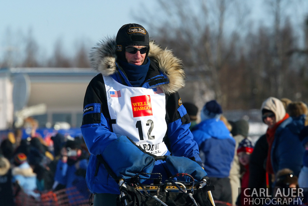 3/4/2007:  Willow, Alaska -  Veteran Hans Gatt of Atlin, BC Canada at the start of the 35th Iditarod Sled Dog Race