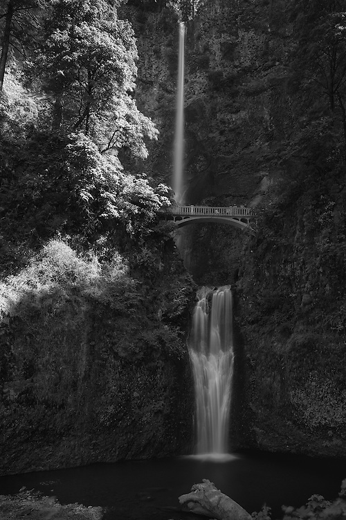 Multnomah Falls, located just outside of Portland in the Columbia River Gorge. Oregon.