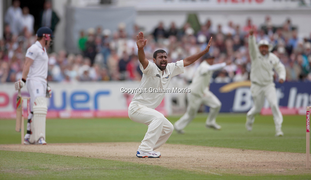 Praveen Kumar appeals as Eoin Morgan is out for nought during the second npower Test Match between England and India at Trent Bridge, Nottingham.  Photo: Graham Morris (Tel: +44(0)20 8969 4192 Email: sales@cricketpix.com) 29/07/11