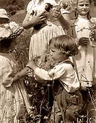 Happy days 1902 Gertrude Käsebier (1852-1934)