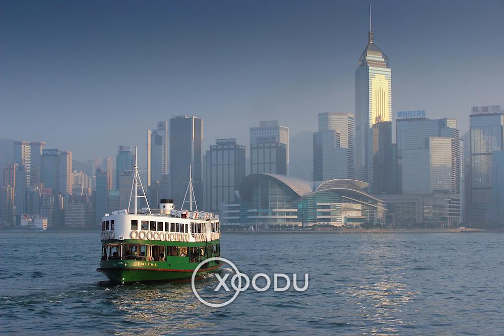 Star ferry toward convention centre, Hong Kong, China (January 2006)