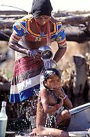 Nepal. Region du Terai. Ethnie Rana Tharu. // Nepal. Terai area. Rana Tharu ethnic group.