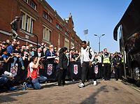 Football - 2018 / 2019 Premier League - Fulham vs. Manchester City<br /> <br /> Fulham's Ryan Sessegnon arrives at Craven Cottage.<br /> <br /> COLORSPORT/ASHLEY WESTERN