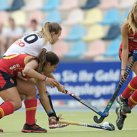 MONCHENGLADBACH - Junior World Cup<br /> Pool D: Germany - Spain<br /> photo: Anne Schroeder (white) and Xantal Gine (red, left).<br /> COPYRIGHT  FFU PRESS AGENCY/ FRANK UIJLENBROEK