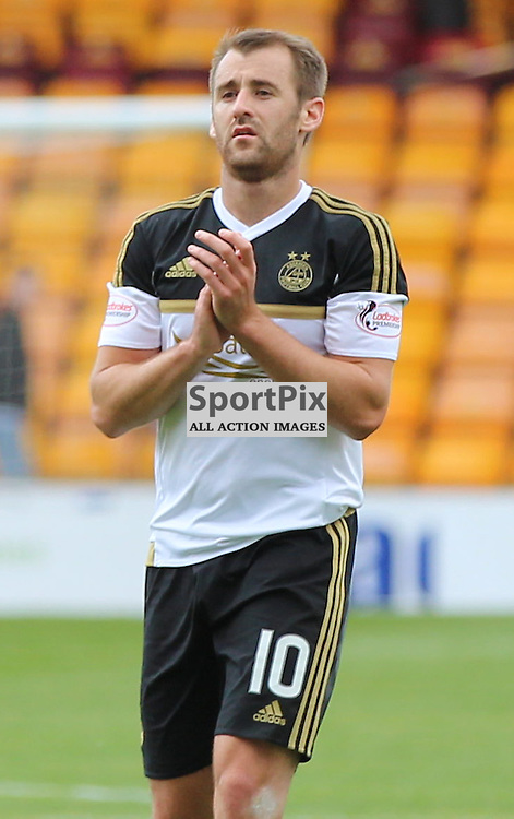 Motherwell v Aberdeen Scottish Premiership 15 August 2015; Niall McGinn (Aberdeen 10) applauds the Aberdeen support after their 2-1 victory during the Motherwell v Aberdeen Scottish Premiership match played at Fir Park Stadium, Edinburgh; <br /> <br /> &copy; Chris McCluskie | SportPix.org.uk