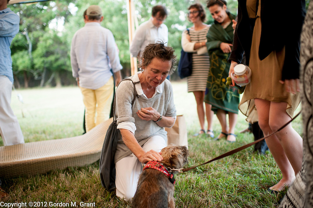 East Hampton, NY - 9/1/12 - Laurie Anderson at the inaugural benefit fundraiser of the Azuero Earth Project, held at the home of artist Cindy Sherman in East Hampton, NY September 1, 2012.     (Photo by Gordon M. Grant)