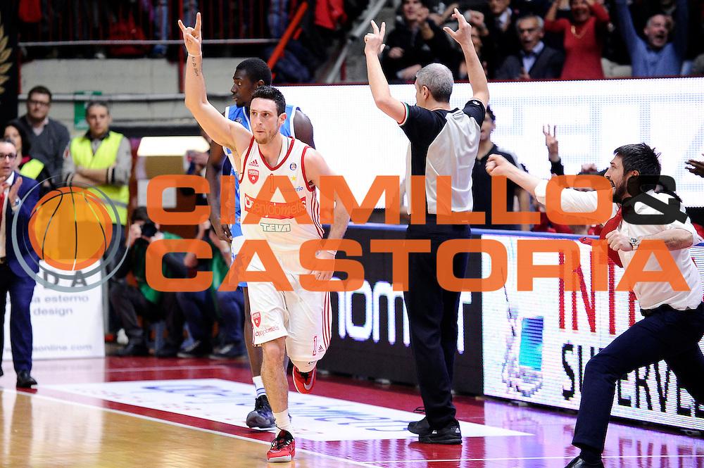 DESCRIZIONE : Varese Lega A 2014-2015 Openjob Metis Varese Banco di Sardegna Sassari<br /> GIOCATORE : Andy Rautins Gianmarco Pozzecco<br /> CATEGORIA : esultanza<br /> SQUADRA : Openjob Metis Varese<br /> EVENTO : Campionato Lega A 2014-2015<br /> GARA : Openjob Metis Varese Banco di Sardegna Sassari<br /> DATA : 26/12/2014<br /> SPORT : Pallacanestro<br /> AUTORE : Agenzia Ciamillo-Castoria/Max.Ceretti<br /> GALLERIA : Lega Basket A 2014-2015<br /> FOTONOTIZIA : Varese Lega A 2014-2015 Openjob Metis Varese Banco di Sardegna Sassari<br /> PREDEFINITA :