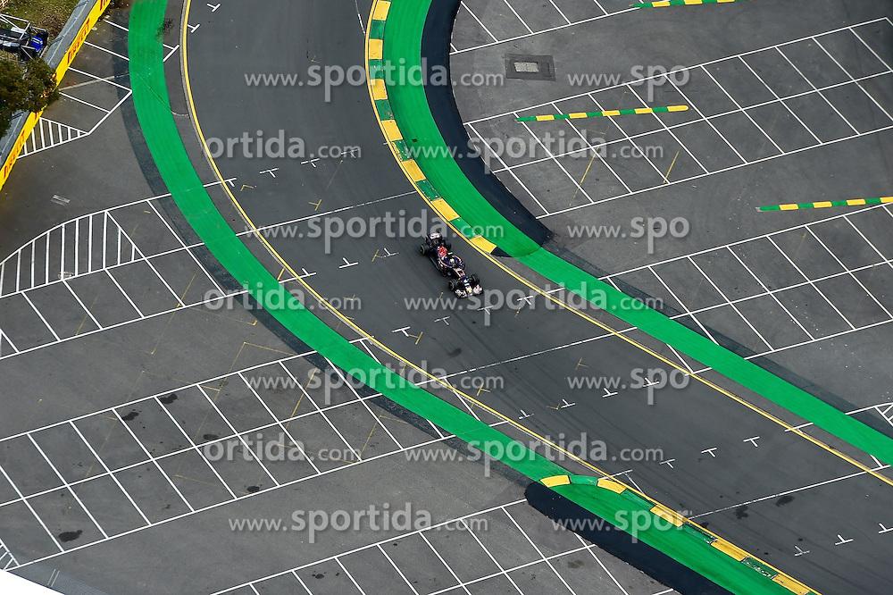 19.03.2016, Albert Park Circuit, Melbourne, AUS, FIA, Formel 1, Grand Prix von Australien, Qualifying, im Bild Max Verstappen (NED) Scuderia Toro Rosso STR11 // during Qualifying for the FIA Formula One Grand Prix of Australia at the Albert Park Circuit in Melbourne, Australia on 2016/03/19. EXPA Pictures &copy; 2016, PhotoCredit: EXPA/ Sutton Images/ Andre/<br /> <br /> *****ATTENTION - for AUT, SLO, CRO, SRB, BIH, MAZ only*****