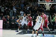 DESCRIZIONE : Bologna Lega A 2014-15 Granarolo Bologna Giorgio Tesi Group Pistoia<br /> GIOCATORE : Reddic Juvonte<br /> CATEGORIA : palleggio controcampo<br /> SQUADRA : Granarolo Bologna<br /> EVENTO : Campionato Lega A 2014-15<br /> GARA : Granarolo Bologna Giorgio Tesi Group Pistoia<br /> DATA : 01/03/2015<br /> SPORT : Pallacanestro <br /> AUTORE : Agenzia Ciamillo-Castoria/D.Vigni<br /> Galleria : Lega Basket A 2014-2015 <br /> Fotonotizia : Bologna Lega A 2014-15 Granarolo Bologna Giorgio Tesi Group Pistoia<br /> Creator/Photographer: danilovigni<br /> Predefinita :